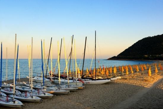 Spiaggia Perdepera all'alba