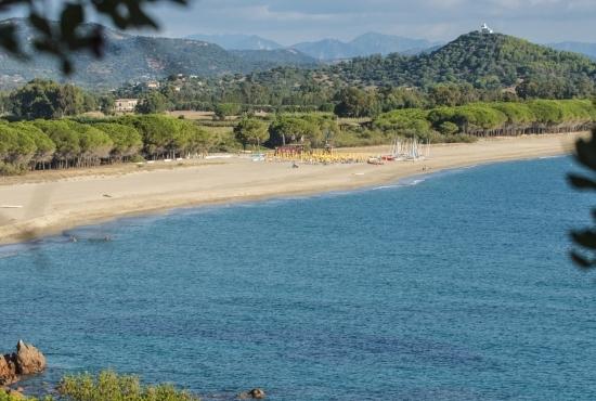 Scorcio panoramico della Spiaggia di Perdepera