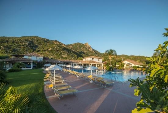 Angolo panoramico della piscina
