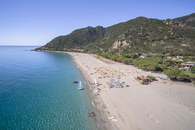 Beach of Perdepera