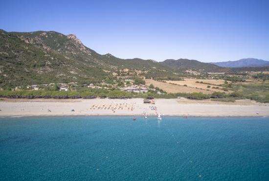 Stabilimento balneare sulla spiaggia Perdepera