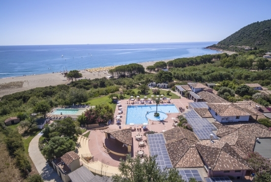 Scatto panoramico del Resort Perdepera