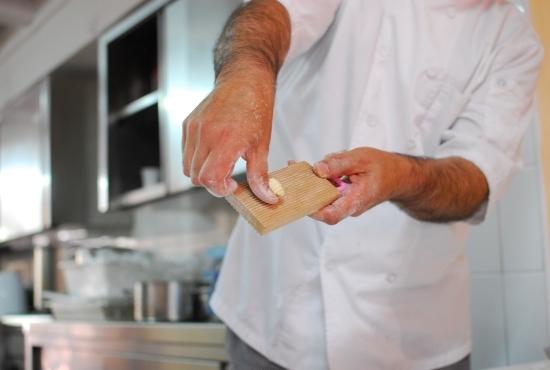 Preparazione della pasta tipica